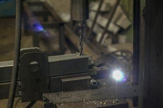 Сверление профильной трубы и швеллеров из стали