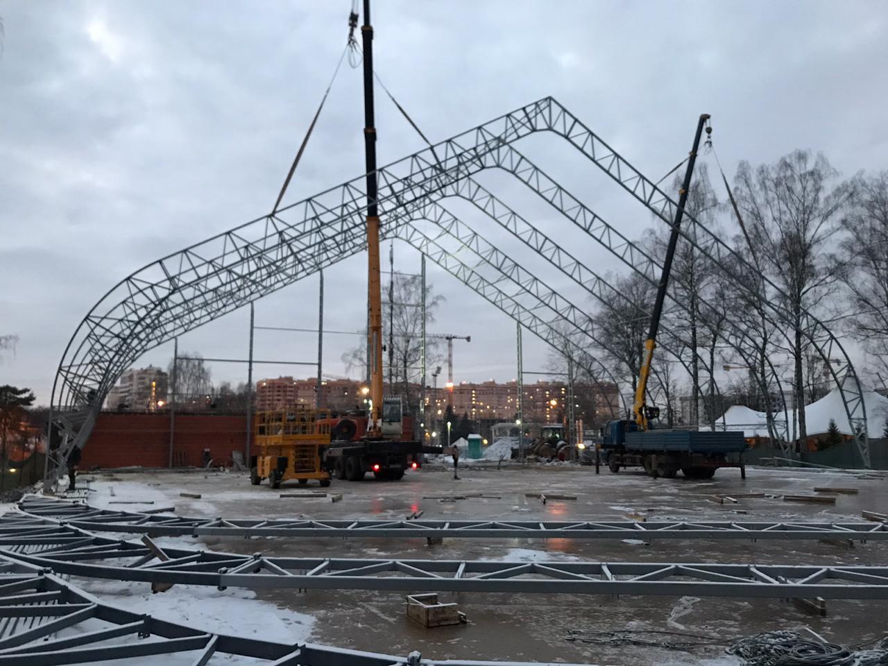 Монтаж теннисного манежа на 5 кортов в Московской области